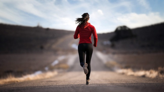 Activity-Wallpaper-running-girl-road-sport-training